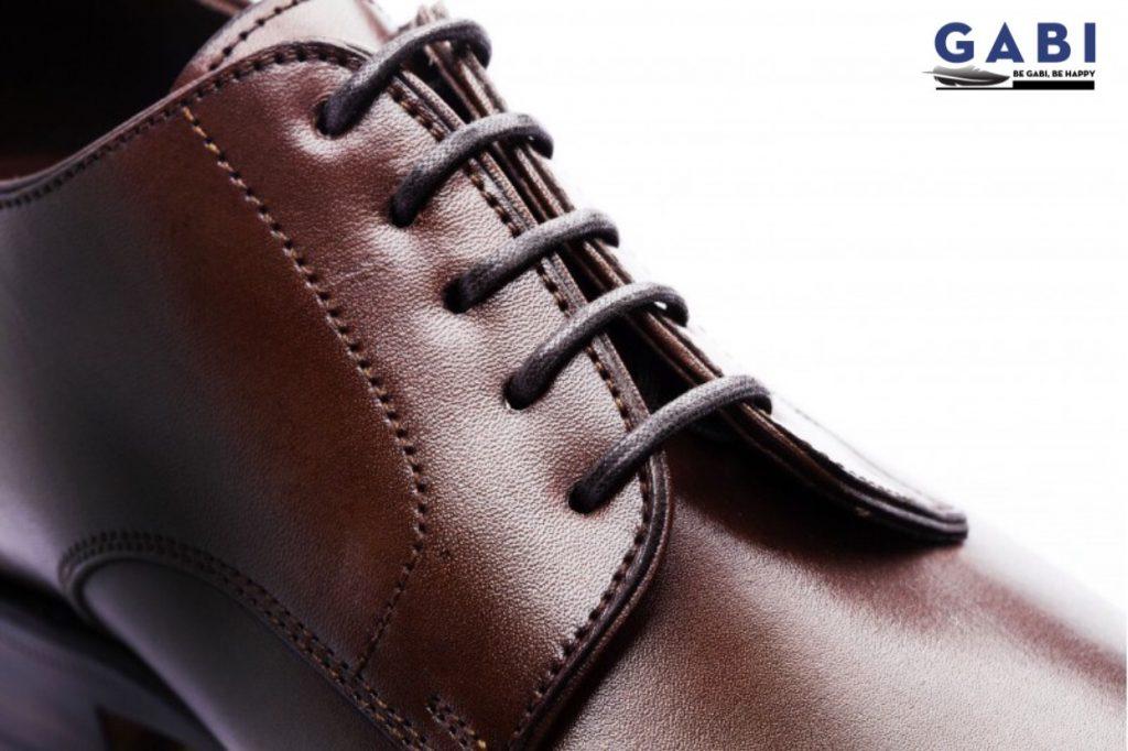 giày da dây buộc