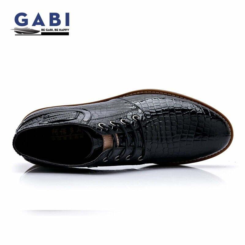 Loại giày cực kỳ phù hợp dành cho những bạn có gout phong cách cá tính.